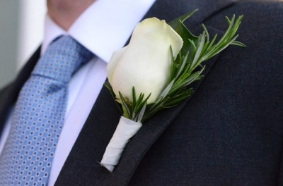 DIY-boutonniere-finished