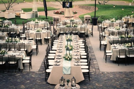 Elegant-Outdoor-Wedding-Reception-600x399