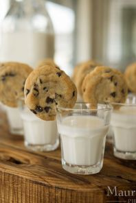 adorable-cookies-and-milk-wedding-bar