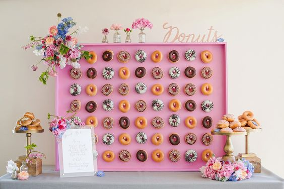 Trendy Cake Alternatives: Let Them Eat Donuts (1 of 2)