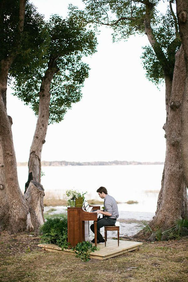 10-outdoor-wedding-ceremony-ideas-001